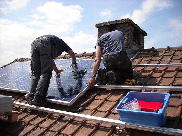Pourquoi se faire installer des panneaux solaires photovoltaïques ?