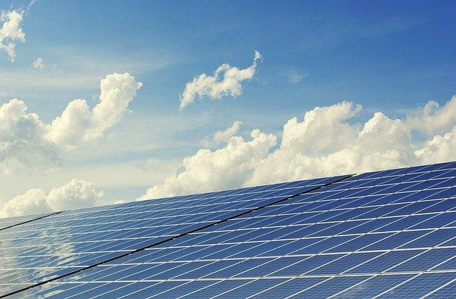 Processus d'installation des panneaux solaires